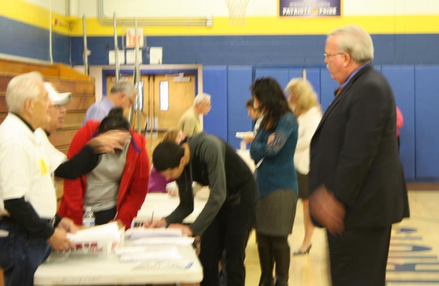 Mayor visits seniors