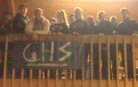 Ski & Snowboard Club tackles the slopes at Shawnee