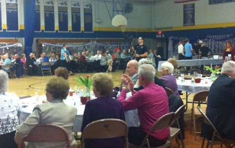 CHS students boogie with senior citizens at the Senior Citzen Prom