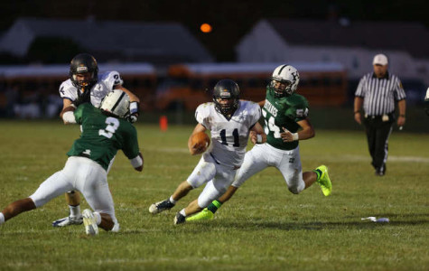 Pats kick off 4-1 football season with Pero running the ball