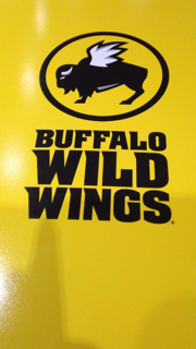 Buffalo Wild Wings opens with free wings