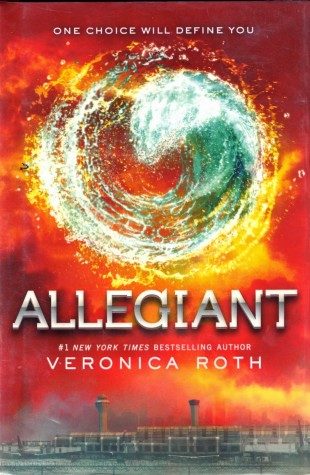 Allegiant by Veronica Roth ends the Divergent Series with a bang