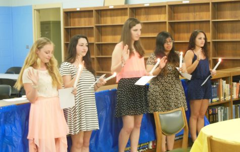 Students join the Quill and Scroll Society