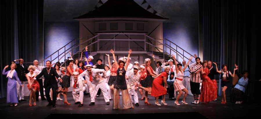 Striking a pose at the end of the show the 2009 cast of Anything Goes leaves audience speechless.