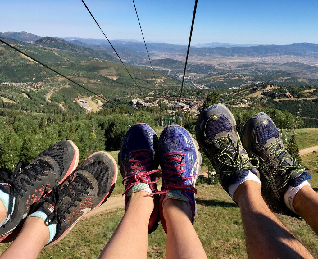 three people traveling footloose.