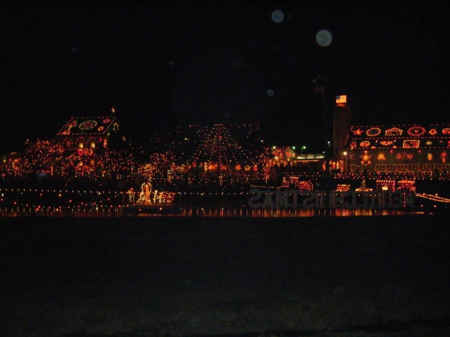 The+millions+of+lights+that+decorate+the+village.