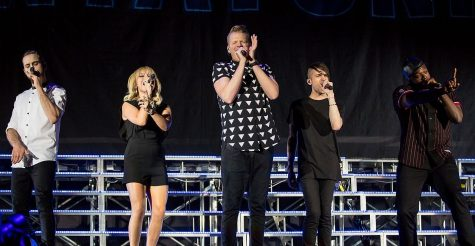 Pentatonix singing in concert