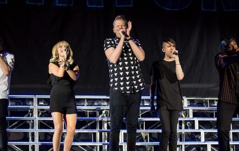 Pentatonix's album will brighten your Christmas!