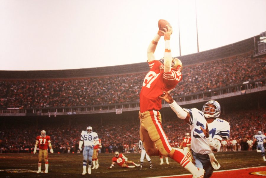Dwight Clark makes the fingertip catch almost blocked by Everson Walls.