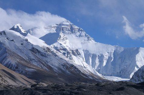 Everest has single deadliest day in history