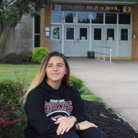 Photo of Julie Santos