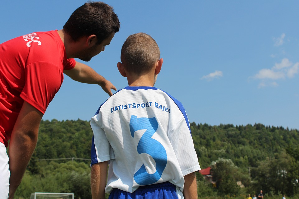 The coach helped to elucidate, or explain the game to the player.