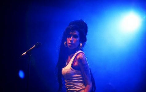 Amy Winehouse started a two week run at number one in the U.K.