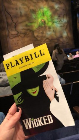 The set design of this show includes lots of green, which is the signature color of the Wicked Witch of the West.