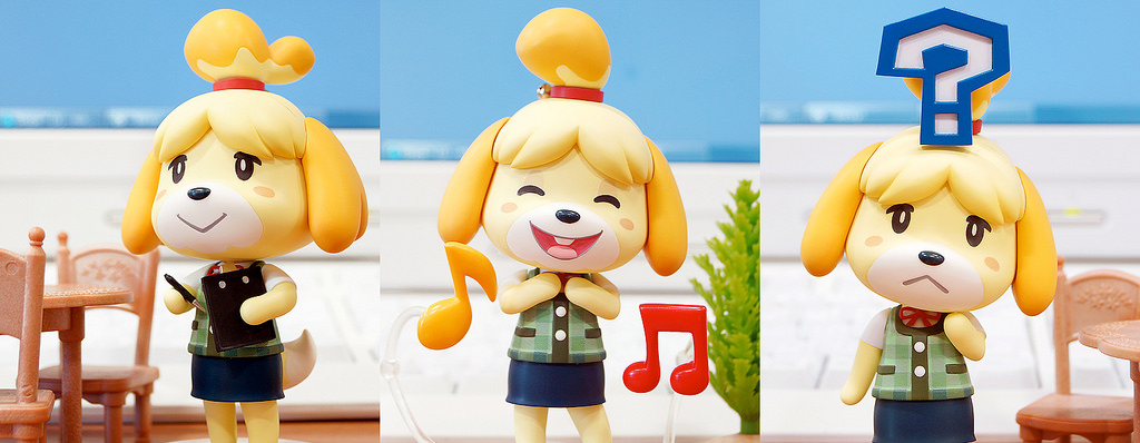 Isabelle welcomes all the players to the game and shows them around.
