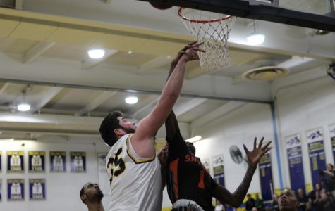 Colonia's basketball team defies odds to beat Snyder