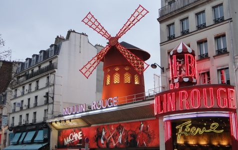 Behind the scenes of Moulin Rouge!