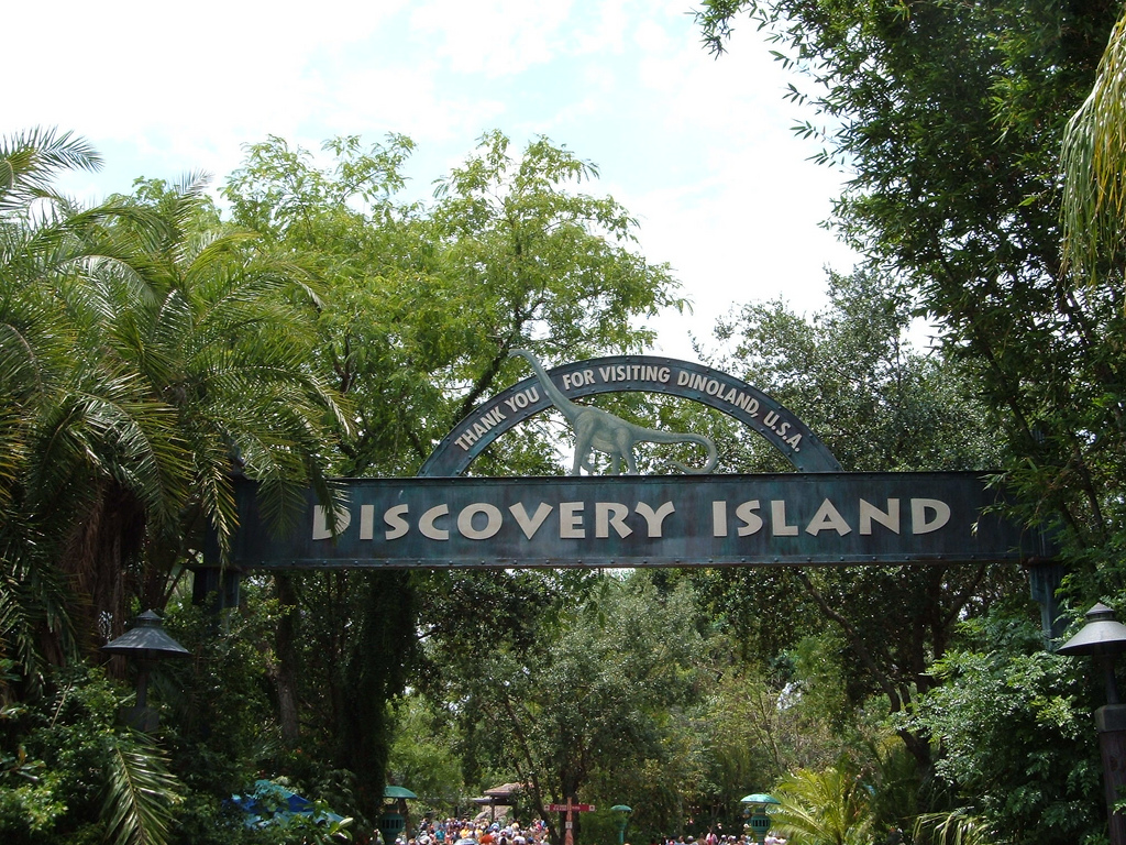 Discovery island closed in 1999, and many guests said that this island has had creepy things happen in it.