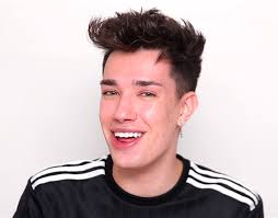 James Charles has become famous in the makeup YouTuber community in the last couple of years. He is one of the youngest YouTubers at only 19.