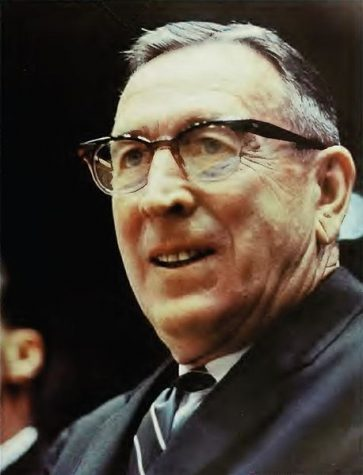DescriptionJohn Robert Wooden was an American basketball player and head coach at the University of California, Los Angeles.