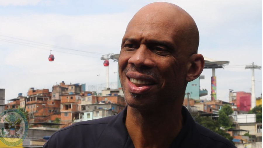 On+this+day+in+1967+Kareem+won+the+NCAA+tournament+most+outstanding+player+award