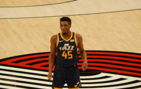 The corona virus has infected 10 NBA players including Utah Jazz star Donovan Mitchell. This virus has caused the season to be suspended and the NBA world to be rocked.