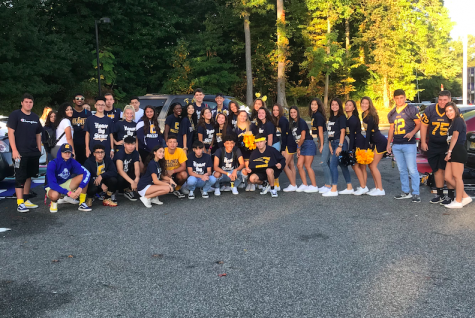 The 2020 senior class, on the last day of Spirit Week - Blue and Gold Day.