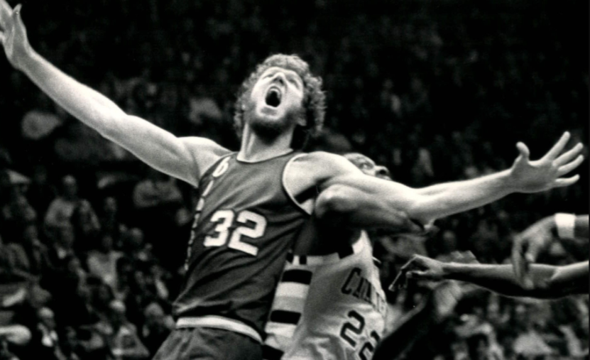On this day in 1993 Bill Walton (left) was inducted into the basketball hall of fame