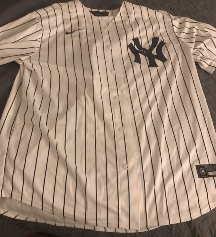Several+sports+jerseys+will+be+bought+over+this+holiday+season.+The+classic+Yankee+pinstripes+will+likely+be+one+of+them